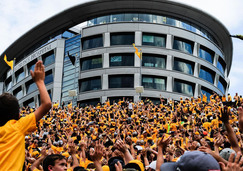wave to the brave the amazing tradition at every iowa home game 6 Wave to the Brave: The Amazing Tradition at Every Iowa Home Game
