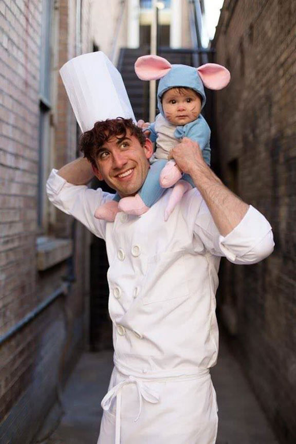 funny halloween costume 12 17 Halloween Costumes That Will Make Your Day