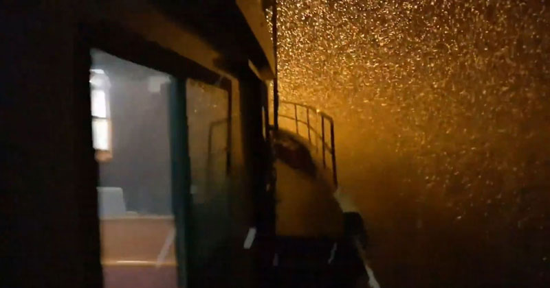 Take 30 Seconds Out of Your Day and Enjoy This Video of Snow Falling at Sea
