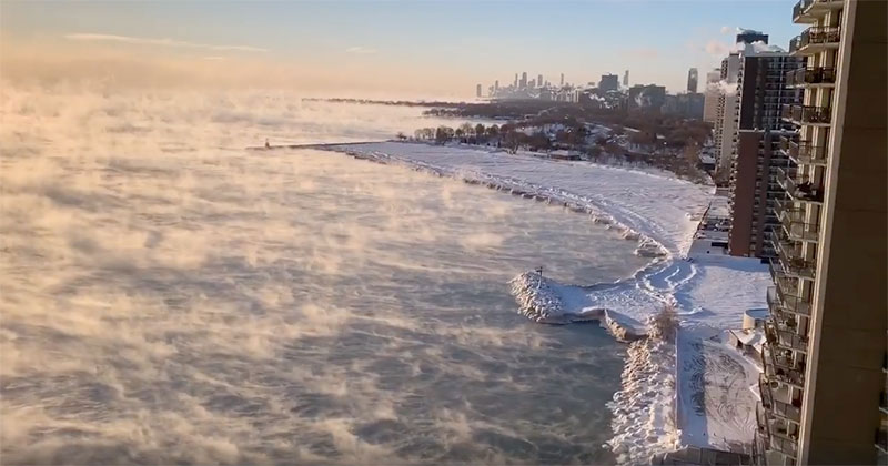 When Chicago Gets Really Cold, Lake Michigan Turns Into a Boiling Cauldron