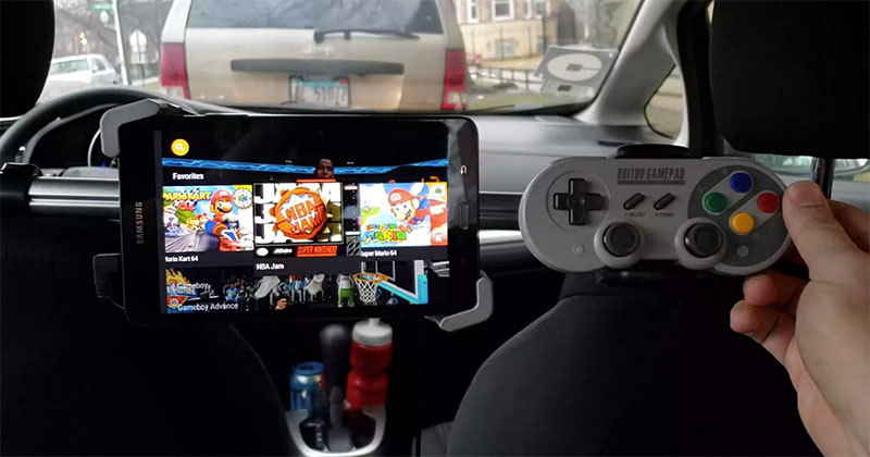 Best Uber Ever? Driver Installs Gaming Console for Riders