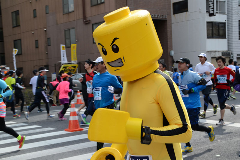 best funny racing day marathon outfits costumes 3 10 Running Outfits That Won the Race to My Heart
