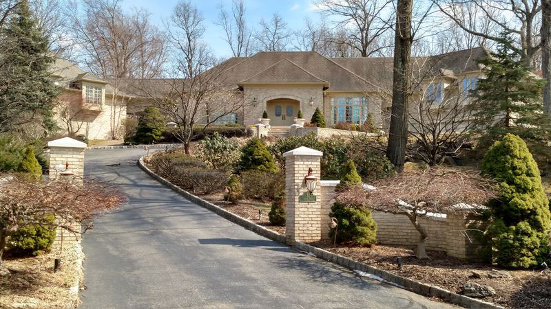 real tony soprano home for sale 6 Tony Sopranos Real New Jersey Home is For Sale