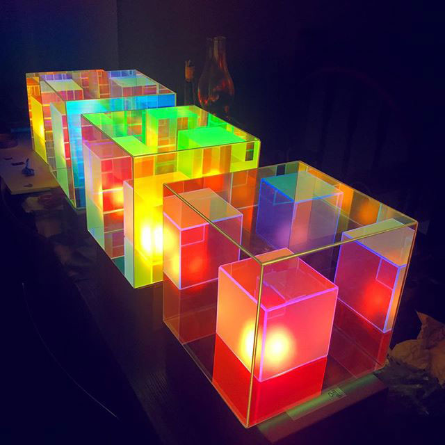 infinity cube lamps by sean augustine march 3 These Infinity Cube Lamps are Incredible (15 Photos)