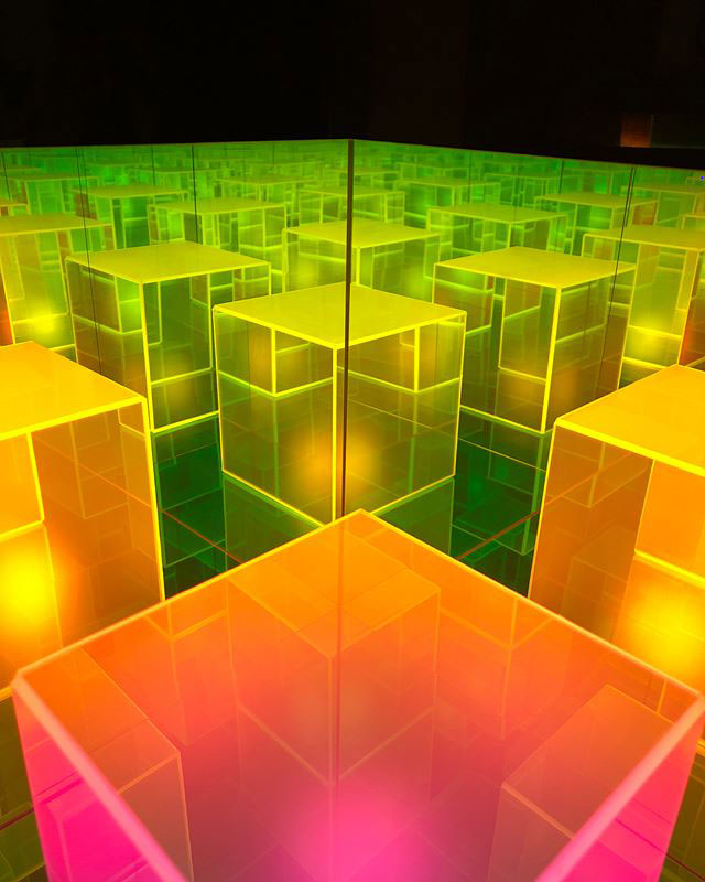 infinity cube lamps by sean augustine march 6 These Infinity Cube Lamps are Incredible (15 Photos)