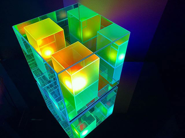 infinity cube lamps by sean augustine march 8 These Infinity Cube Lamps are Incredible (15 Photos)