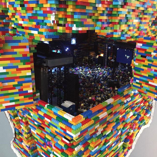 lego sculpture opens up into a mini music festival by dante dentoni 3 This Awesome Lego Sculpture Opens Up Into a Mini Music Festival
