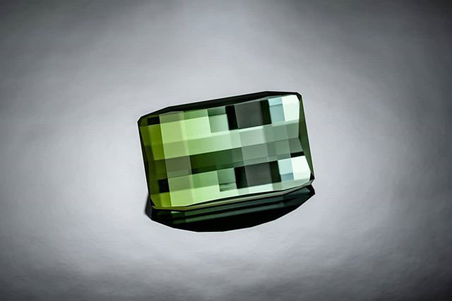 pixelated minecraft gems by jordan wilkins gemcutter3 1 These Pixelated Gems Look Like They Were Plucked Straight Out of Minecraft