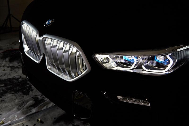 bmw x6 vantablack 11 BMW Unveils One of a Kind X6 in Vantablack