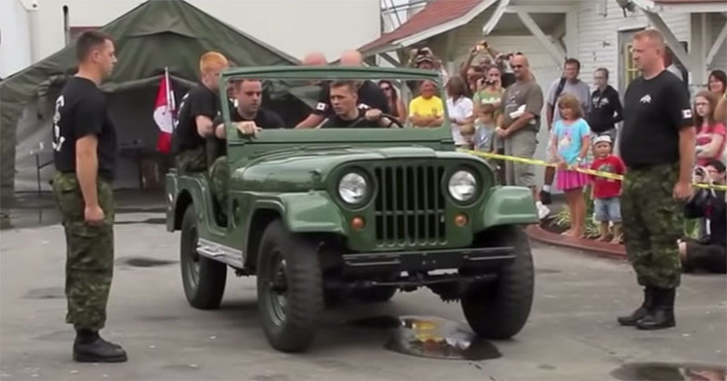 Canadian Army Unit Takes Apart Jeep in Under 90 Seconds