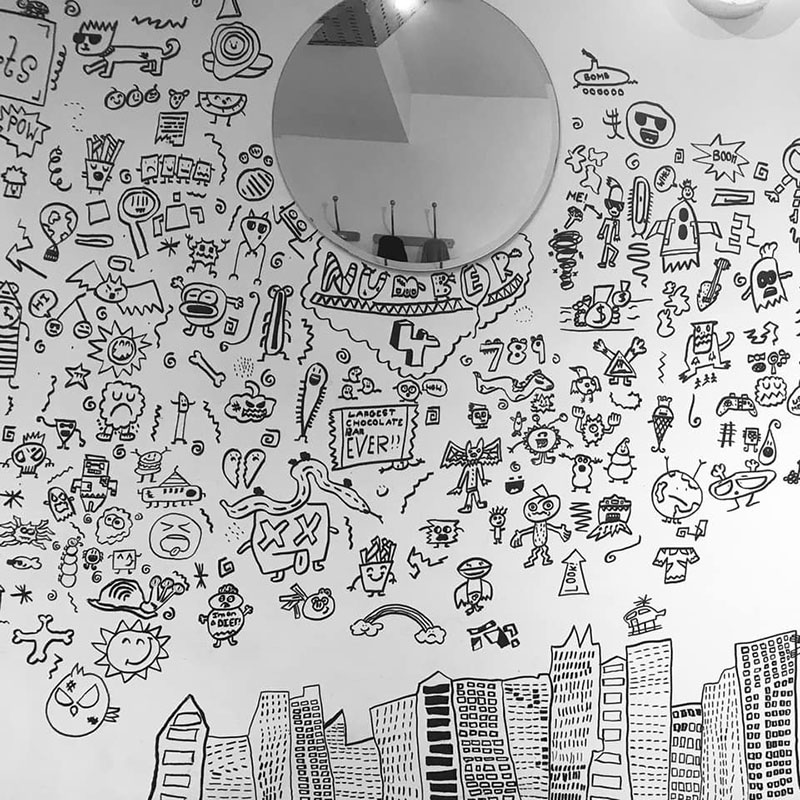 kid told not to doodle in class gets hired by local restaurant to decorate their walls 10 Kid Told Not to Doodle in Class Gets Hired by Local Restaurant to Decorate Their Walls
