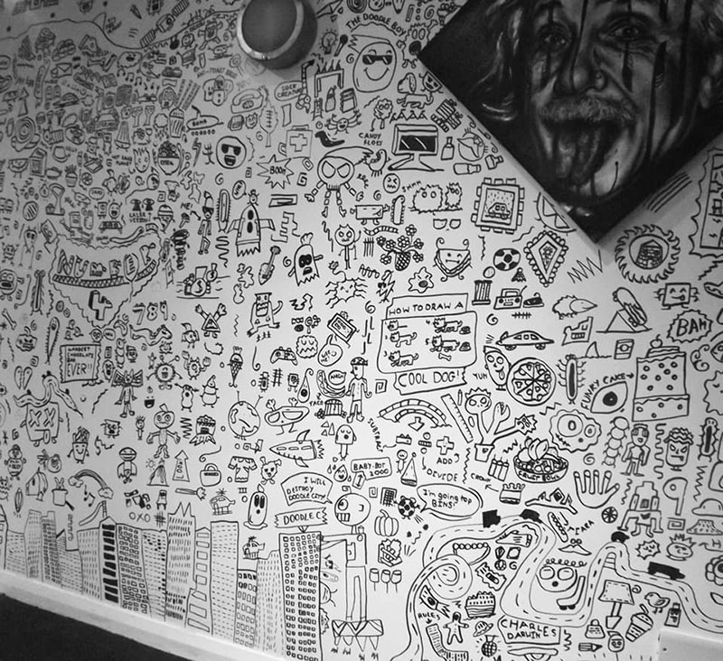 kid told not to doodle in class gets hired by local restaurant to decorate their walls 5 Kid Told Not to Doodle in Class Gets Hired by Local Restaurant to Decorate Their Walls
