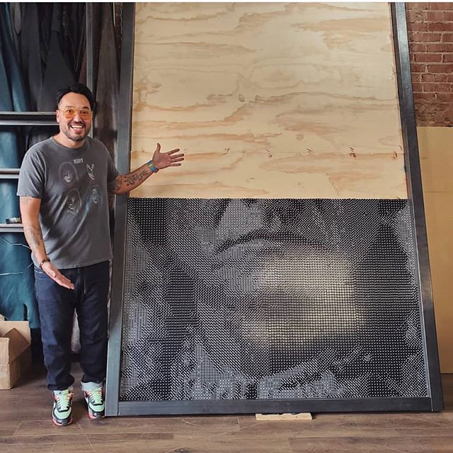 sitting bull portrait made from dice by steven paul judd 1 This Amazing Sitting Bull Portrait Made from 20,000 Dice