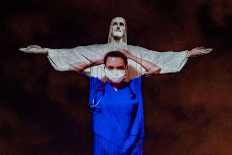 brazil thanks medical workers with powerful easter sunday tribute 3 Brazil Thanks Medical Workers with Powerful Easter Sunday Tribute