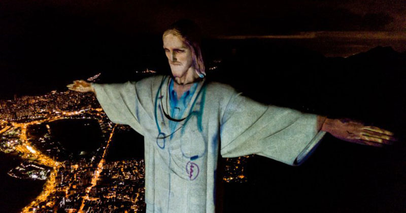 Brazil Thanks Medical Workers with Powerful Easter Sunday Tribute