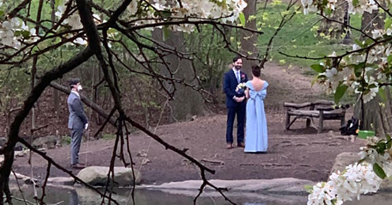 Guy Stumbles Across a Wedding While on a Walk Through Central Park