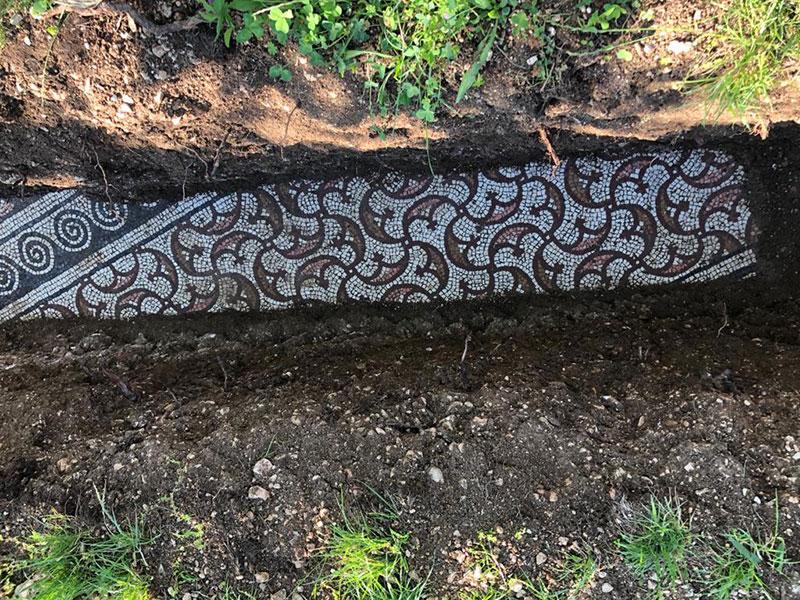 3rd century roman mosaic discovered under vineyard in italy 7 Stunning 3rd Century Roman Mosaic Discovered Under Vineyard in Italy
