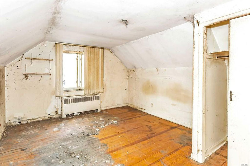 800k dump in flushing queens for sale 6 This is Currently Listed for $828K in Queens, NY Right Now