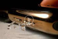 How Apple Watches Ejects Water in Super Slow Motion