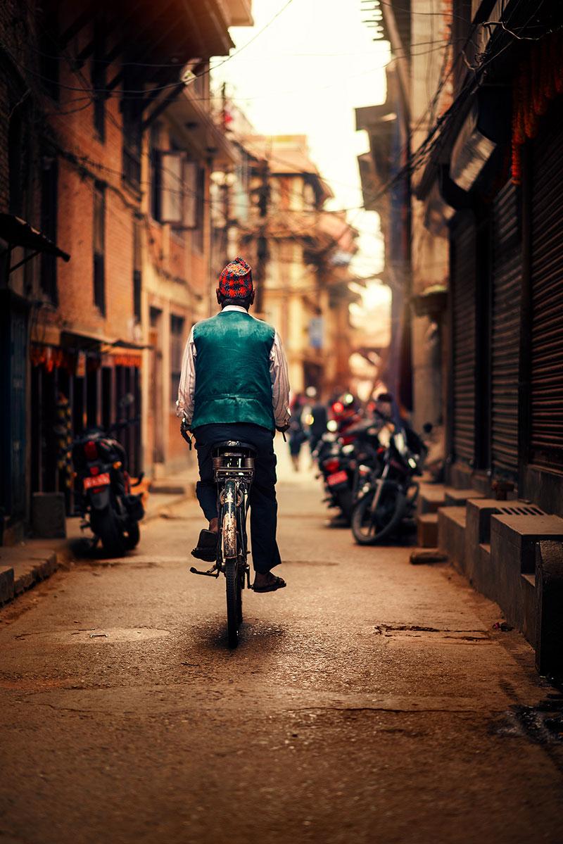 kathmandu street photography by ashraful arefin 13 The Lighting in this Kathmandu Street Photography Series is Beautiful