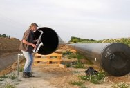 Saxophonist Plays Into a Pipeline and It Sounds Awesome