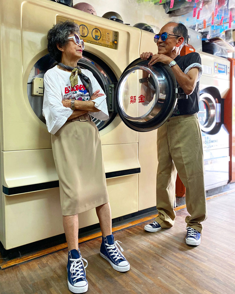 elderly couple model clothes left at their laundromat 4 Married For 60 Years, This Couple Finds Fun Modelling Clothes Left at Their Laundromat