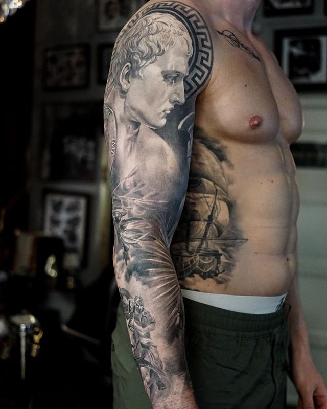 ancient greek and roman art tattoos by mr t stucklife 7 These Ancient Greek and Roman Art Tattoos are Amazing