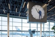 This Surreal Clock at Schiphol Airport Looks Like Someone is Painting the Time