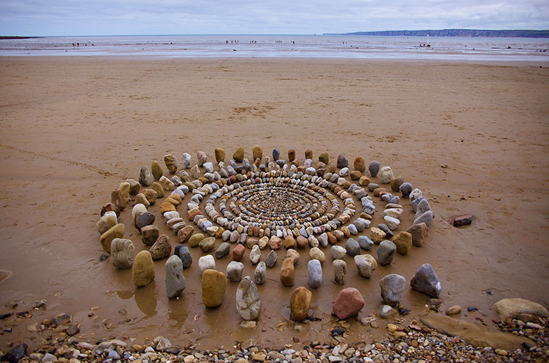 earth art by james brunt 2020 8 James Brunt Uses Fall Foliage to Create Temporary Works of Earth Art