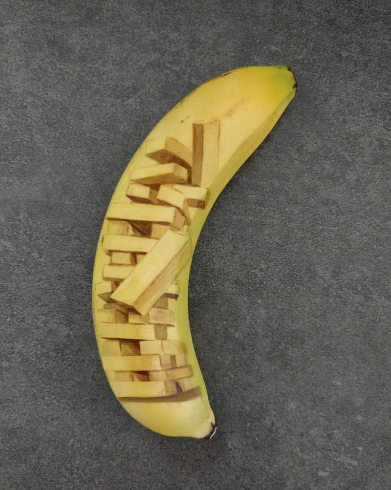 bruised banana art by anna chojnicka 19 Amazing Banana Art Made by Poking and Bruising the Skin, No Ink is Used