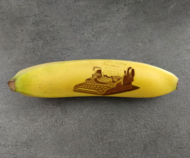 bruised banana art by anna chojnicka 7 Amazing Banana Art Made by Poking and Bruising the Skin, No Ink is Used