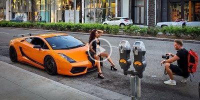 The Number of 'Influencers' that Descend on Rodeo Drive at All Times of the Day is Astounding
