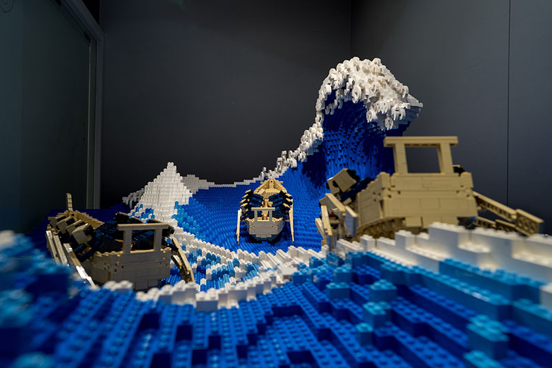 lego great wave off kanagawa jumpei mitsui 3 The Worlds Youngest Ever Lego Certified Professional Just Made this 50,000 piece Great Wave