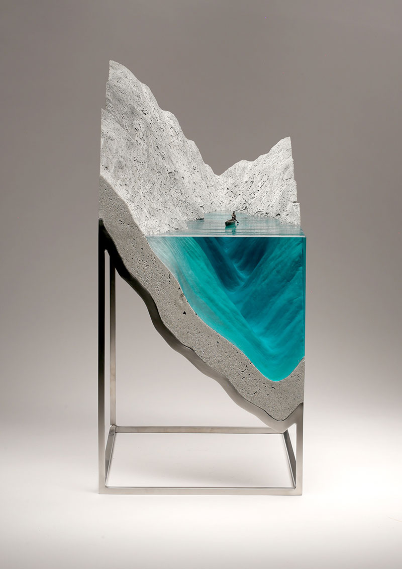 glass wave sculptures by ben young 2 Incredible Glass Wave Sculptures by Ben Young