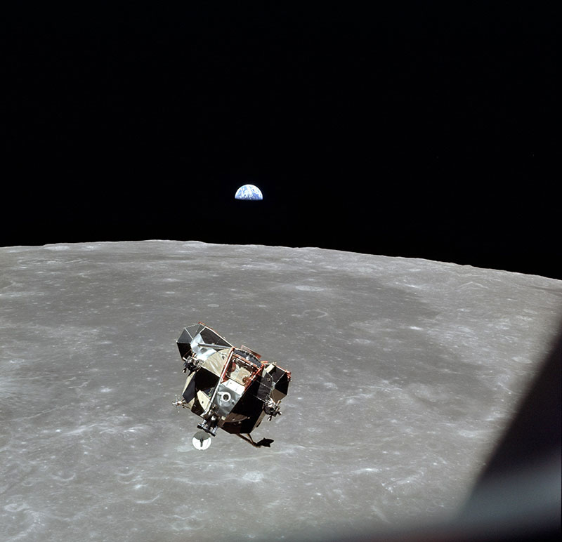 michael collins 1969 apollo 11 photo of every human 2 In 1969 Michael Collins Took This Photo of Every Single Human But Himself