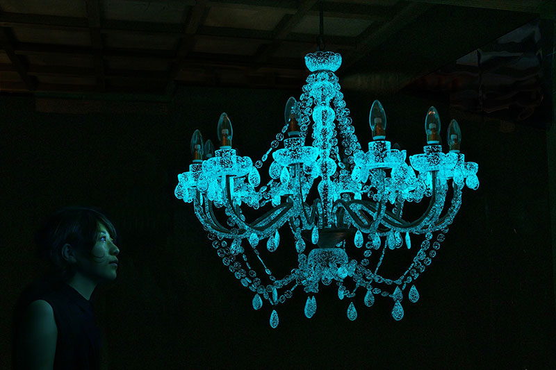 Phosphorescent Glass Sculptures Illuminate in Presence of People