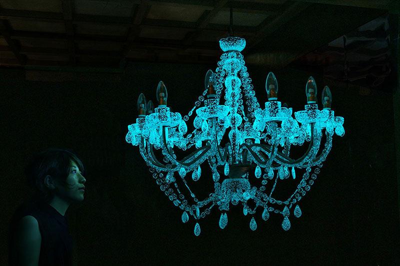 Phosphorescent Glass Sculptures Illuminate in Presence of People
