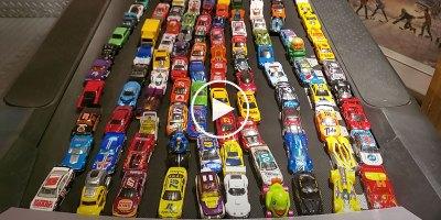 This 100 Car Treadmill Race was Surprisingly Entertaining