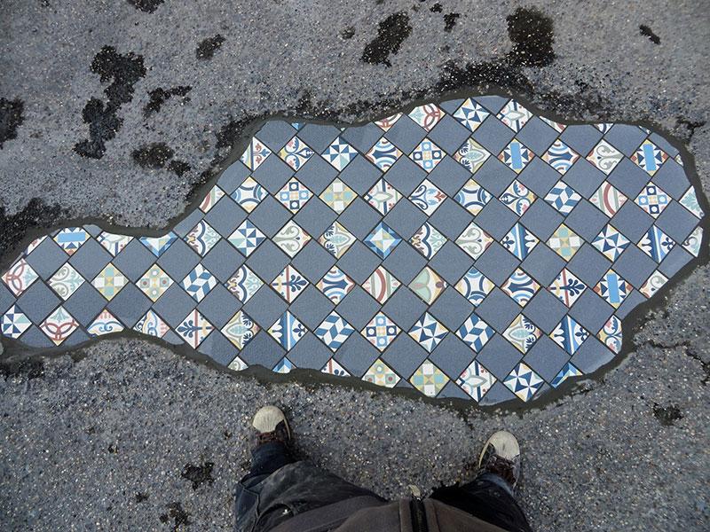 pavement surgeon ememem mosaic tile streets france 14 The Pavement Surgeon Beautifying the Damaged Sidewalks of France