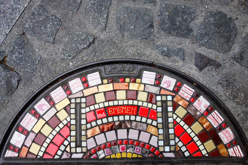pavement surgeon ememem mosaic tile streets france 21 The Pavement Surgeon Beautifying the Damaged Sidewalks of France