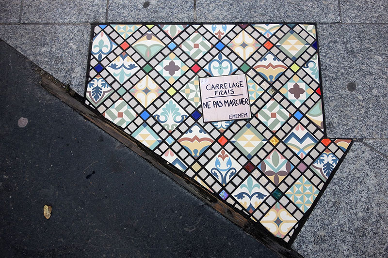 pavement surgeon ememem mosaic tile streets france 26 The Pavement Surgeon Beautifying the Damaged Sidewalks of France