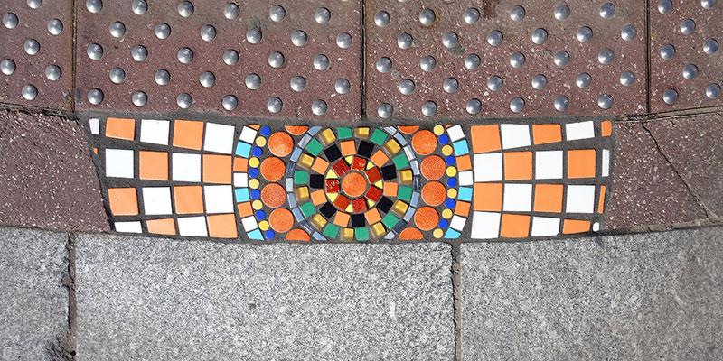 pavement surgeon ememem mosaic tile streets france 27 The Pavement Surgeon Beautifying the Damaged Sidewalks of France