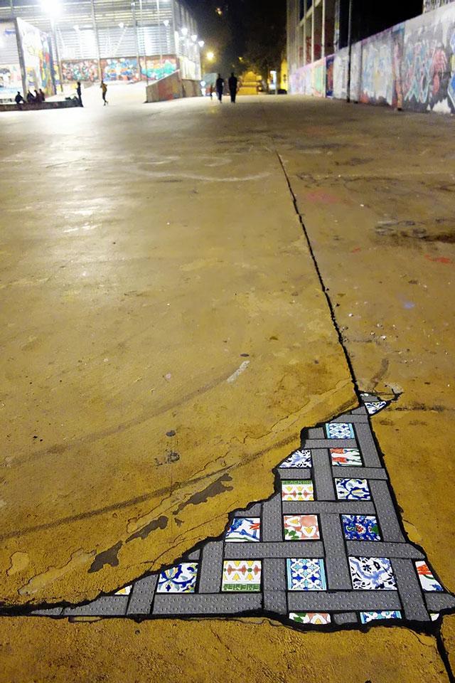 pavement surgeon ememem mosaic tile streets france 7 The Pavement Surgeon Beautifying the Damaged Sidewalks of France