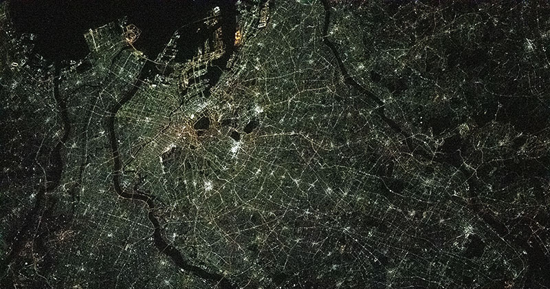 What Tokyo Looks Like at Night from the International Space Station
