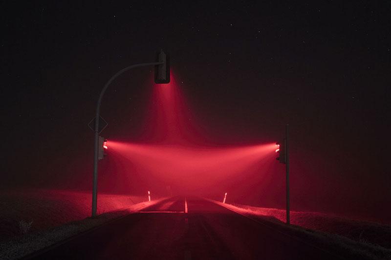 traffic lights at night by lucas zimmermann 6 Long Exposure Traffic Lights at Night by Lucas Zimmermann (7 Photos)