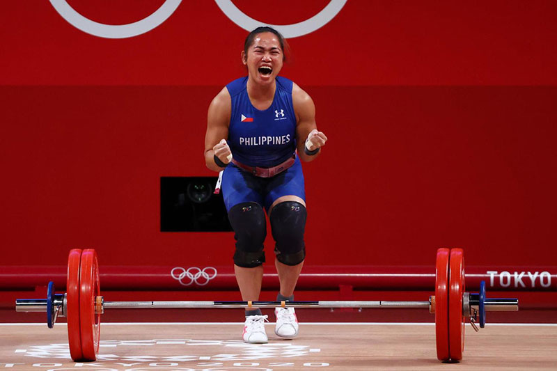 Hidilyn Diaz Ends 100 Year Drought Wins First Ever Gold Medal for the Philippines 2 Hidilyn Diaz Ends 100 Year Drought, Wins First Ever Gold Medal for the Philippines