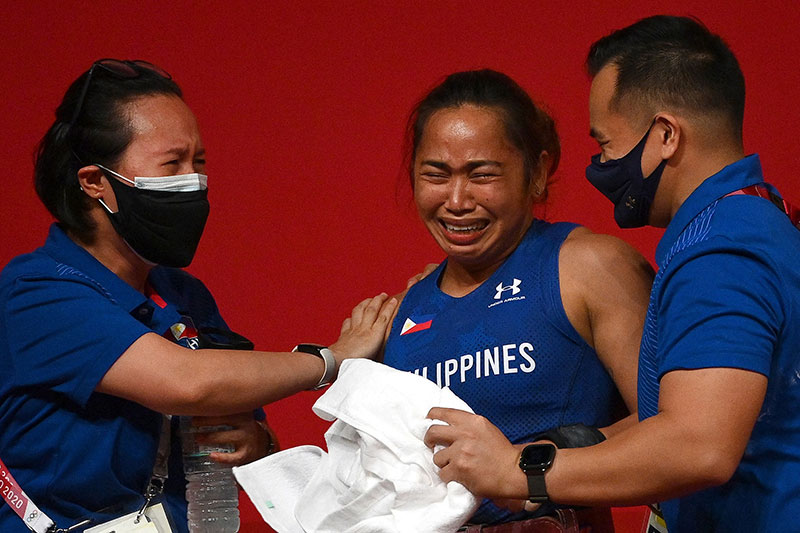 Hidilyn Diaz Ends 100 Year Drought Wins First Ever Gold Medal for the Philippines 3 Hidilyn Diaz Ends 100 Year Drought, Wins First Ever Gold Medal for the Philippines