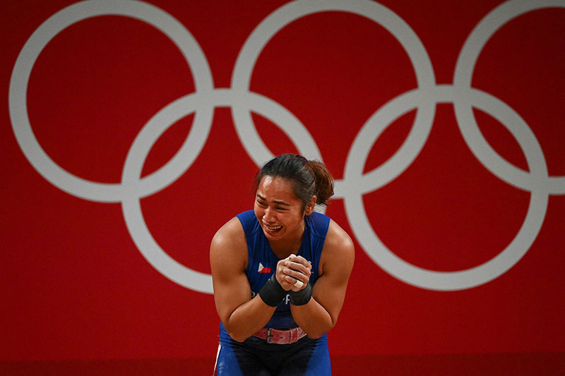 Hidilyn Diaz Ends 100 Year Drought Wins First Ever Gold Medal for the Philippines 4 Hidilyn Diaz Ends 100 Year Drought, Wins First Ever Gold Medal for the Philippines