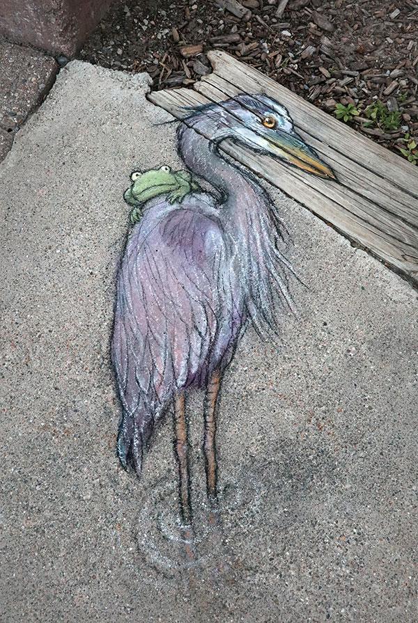 david zinn chalk art ann arbor michigan 17 David Zinn Draws Tiny Chalk Art Throughout Ann Arbor and Its the Best