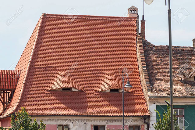 buildings with shifty eyes 2 5 Buildings That are Definitely Up to Something